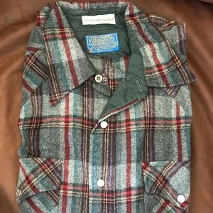 Men's wool plaid Pendleton shirt